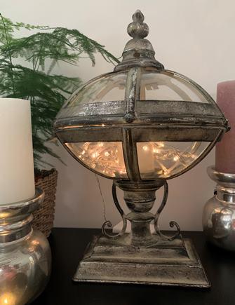 KOVOVÝ LAMPÁŠ